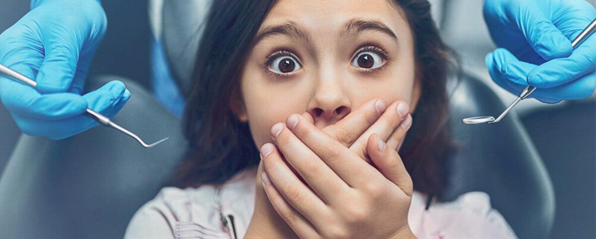 Родители пугают ребенка стоматологом